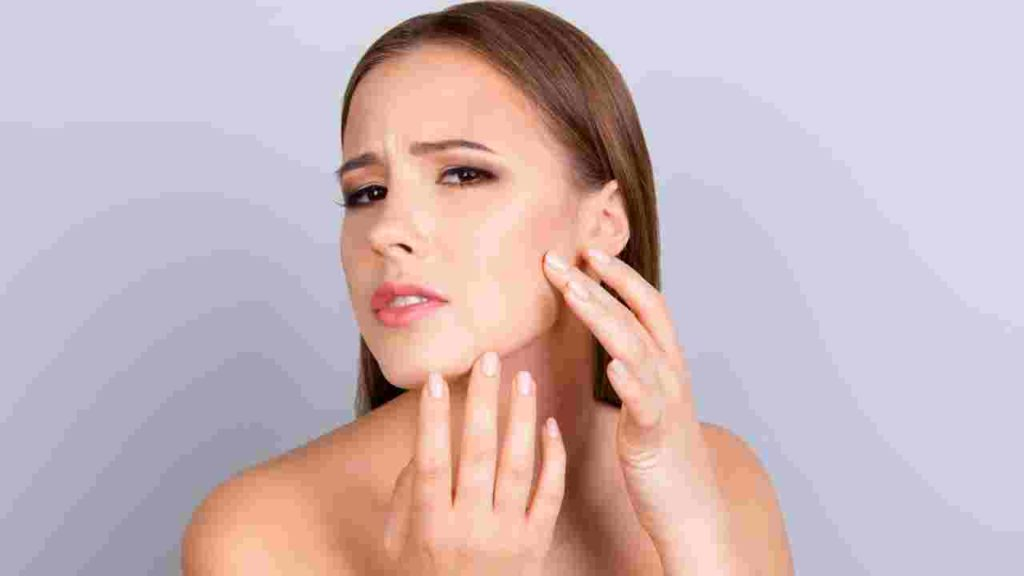 Prevent and Treat Dry Winter Skin